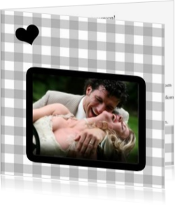 Trouwkaarten met foto - trouwkaart own picture on grey squares with heart