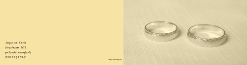 rings on yellow, ll Achterkant/Voorkant